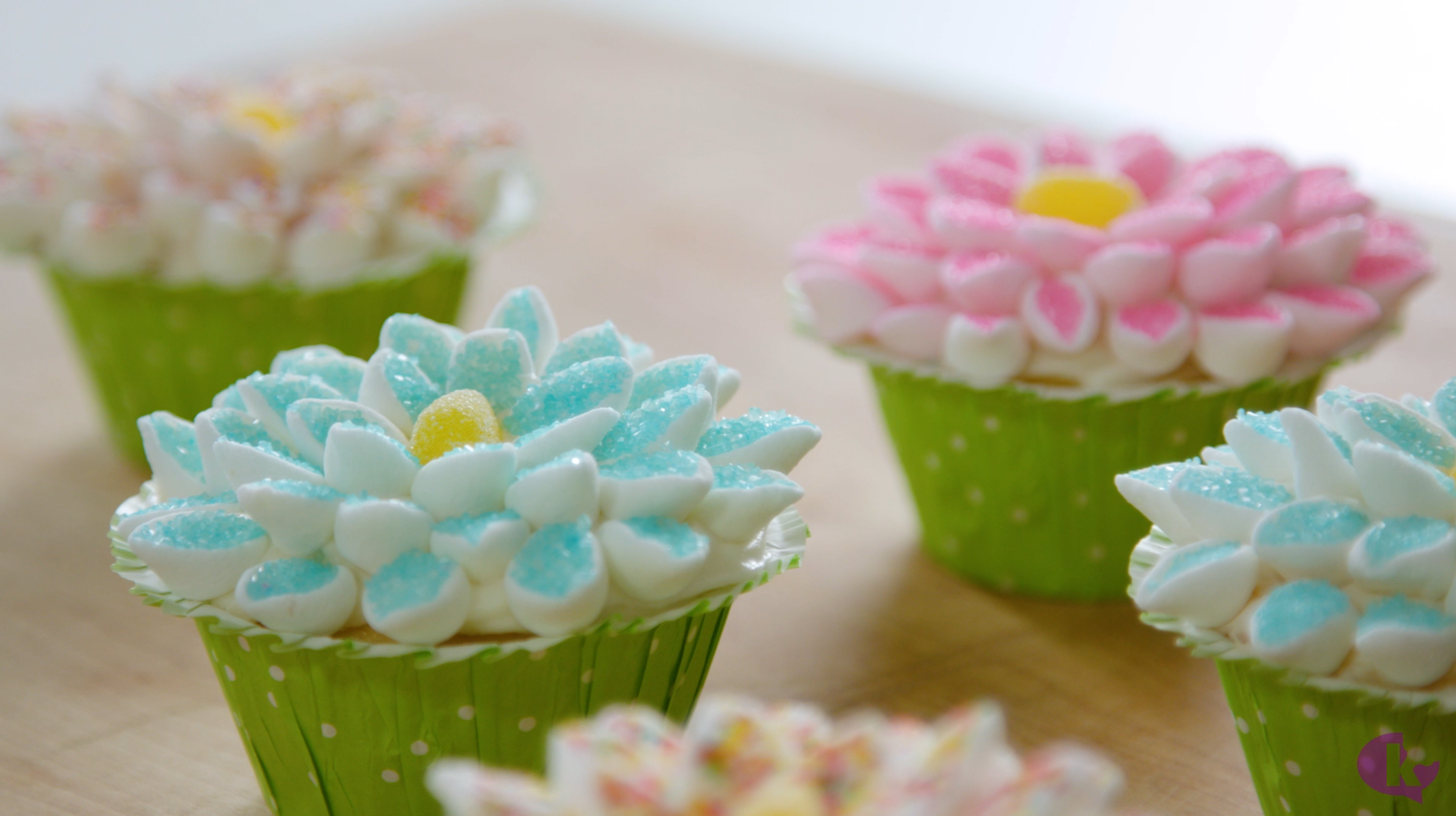 16 ways to create beautiful flower shaped food lifestyle kosher flower cupcakes that are almost too pretty to eat izmirmasajfo
