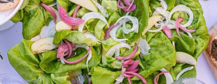 35 Simple Summer Salad Recipes That Are Easy to Prep