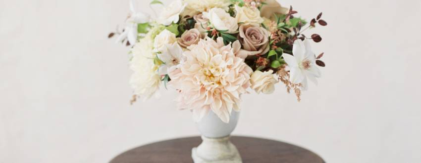 You Can Make This Stunning Floral Centerpiece For Shavuot!
