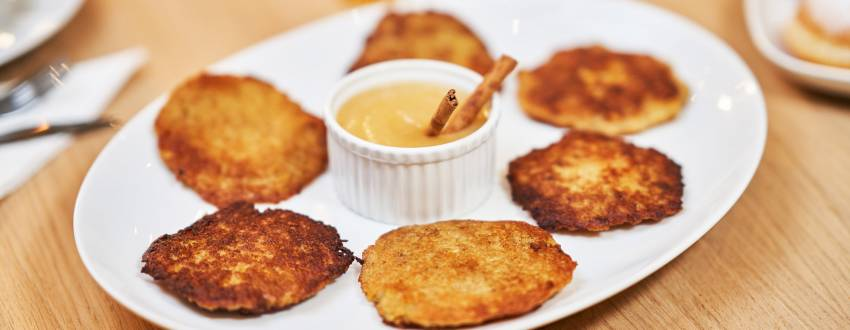 If You Eat Latkes With Applesauce, Do You Make A Separate Bracha On the Applesauce?