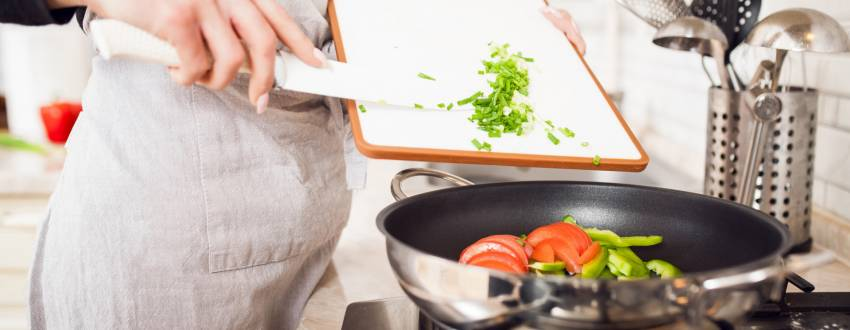 Survival Tips From the Kitchen Trenches: 10 Real Life Tricks For More Efficient Cooking
