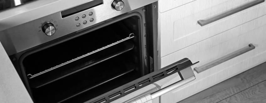 The Secret to an Effortlessly Gleaming Oven
