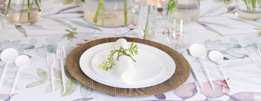 How to Create a Beautiful Simcha Table From Home