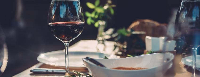 Best Wines to Keep You Cool in the Sukkah