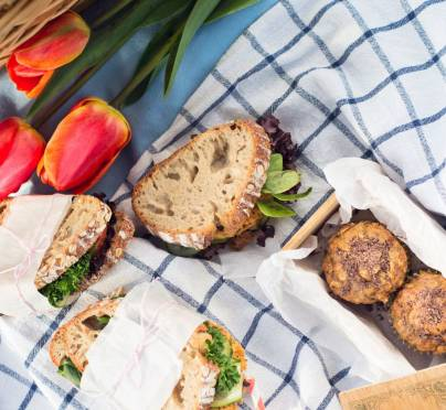 Your Guide to Making The Easiest Picnic Sandwich (+ 5 Recipes)
