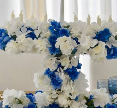 How To Make A Stunning Floral Menorah For Chanukah