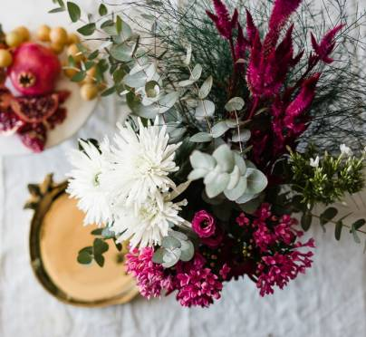 Sina Mizrahi's Secret to Flower Arranging on a Budget