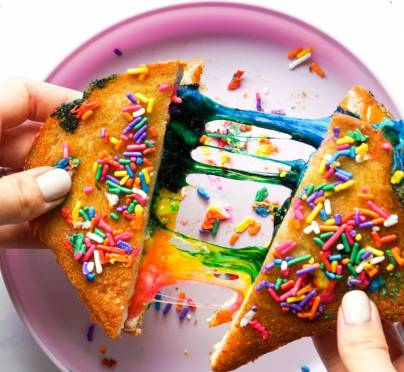 Play Date Week: Rainbow Grilled Cheese Sandwiches