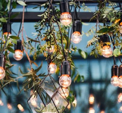 4 Stunning Themes for Your Sukkah
