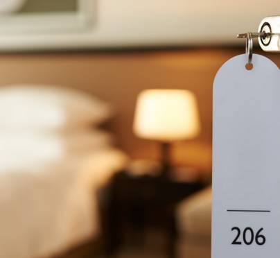 Don't Starve on Vacation with these Hotel Room Cooking Hacks