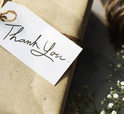 7 Thoughtful Hostess Gifts That Will Get You Invited Back!