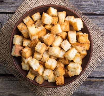 Snacking on Pita Chips or Bread Croutons? What's the Bracha?