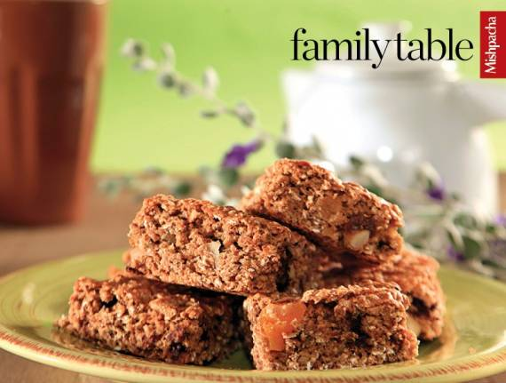 Low-fat Chewy Oatmeal Bars