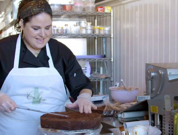 "Meet Shaina, The Star of ""Queen of Cakes""!"