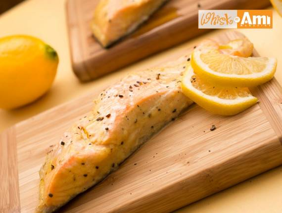 Salmon with Lemon Mustard Cream