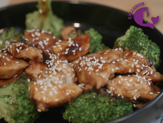 Secrets of Skinny Cooking - Light Sesame Chicken