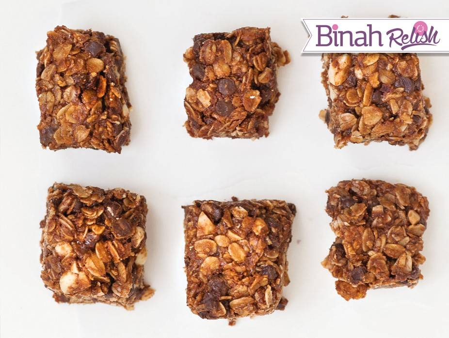 Peanut Butter and Chocolate Granola Bars