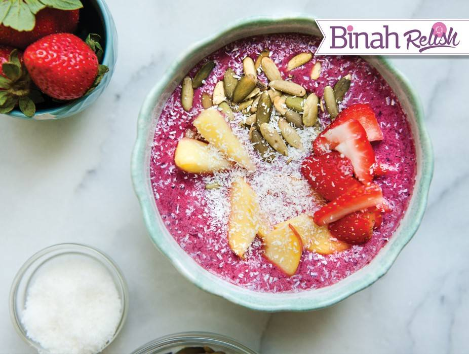 Berry 'n Cream Smoothie Bowl