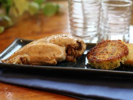 Caramelized- Onion- and Apple-filled Chicken Breasts