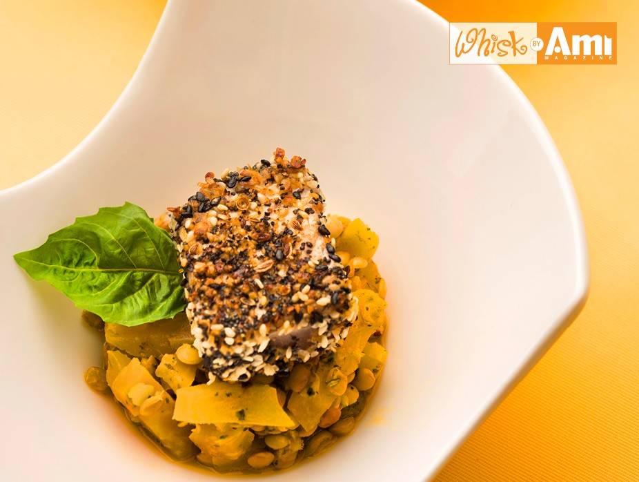 Everything Tuna over Golden Beet and Lentil Salad