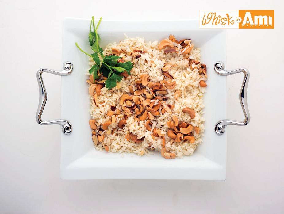 Fragrant Jasmine Rice with Toasted Cashews and Almonds