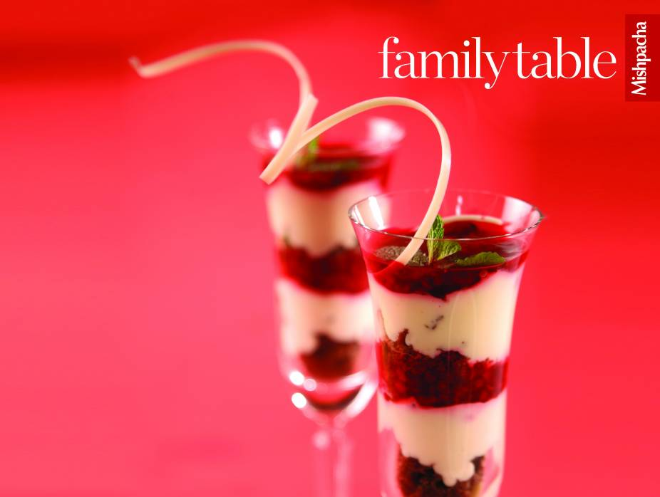 Praline and Berry Mousse Cups