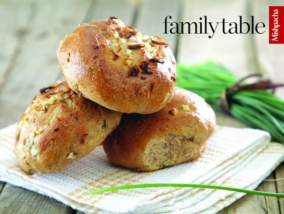 Cheese 'n' Chive Rolls