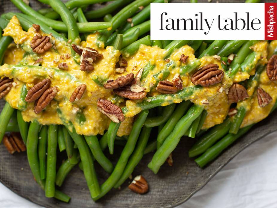 String Beans with Yellow Pepper Pesto