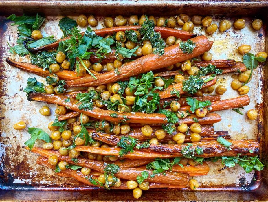 Spiced Carrots with Chickpeas and Herbs