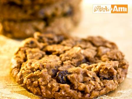 Bakery-Style Oatmeal Raisin Cookies