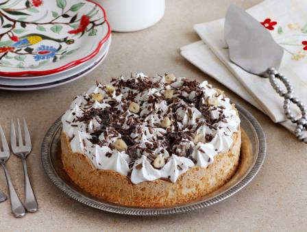 Flourless Chocolate-Nut Pie