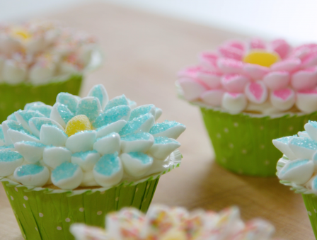 Flower Cupcakes that are Almost Too Pretty to Eat