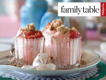 Strawberry Mousse Crunch