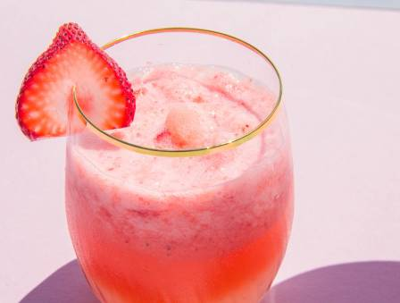 Strawberry Kombucha Slushie