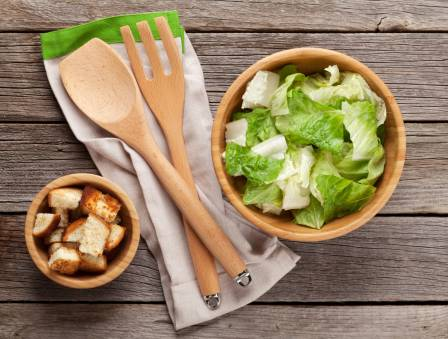 Garlicky Romaine Salad with Classic French Vinaigrette and Homemade Croutons