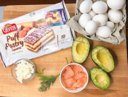Breakfast Baskets with Egg, Avocado, and Lox