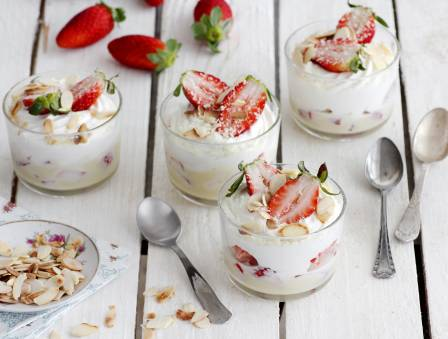 White Chocolate-Strawberry Dessert