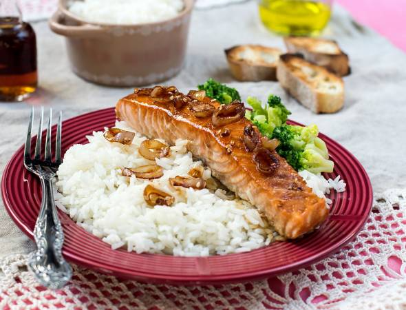 Balsamic Baked Fish with Onions and Mushrooms