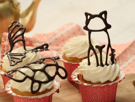 DIY Chocolate Cake Toppers