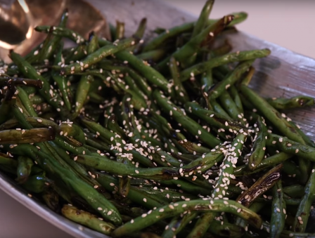 Secrets of Skinny Cooking: Smoky Glazed String Beans